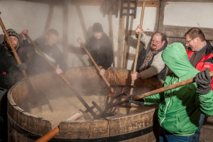 Затирание на исторической пивоварне в Тюрингии